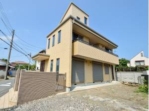 神奈川県藤沢市鵠沼海岸7丁目の中古戸建