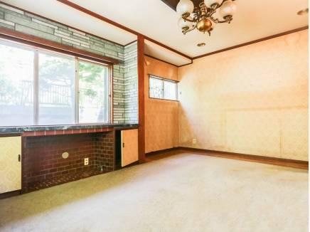 玄関入ってすぐの洋室にはどんな家具を置きましょうか。