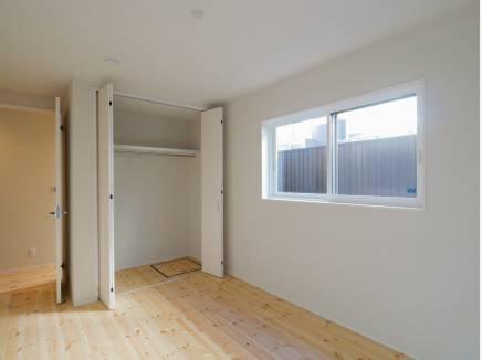 各居室にも豊富な収納スペースを完備