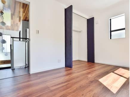 居室は全室2面採光の明るいスペースに