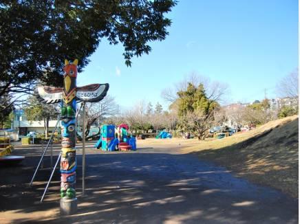 第一運動公園まで徒歩4分(約300m)