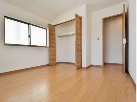 各居室の収納スペースもたっぷり