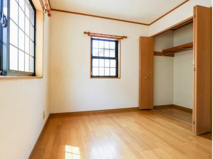 各居室の収納スペースも充実