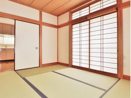 リビングの隣には和室もあるんです