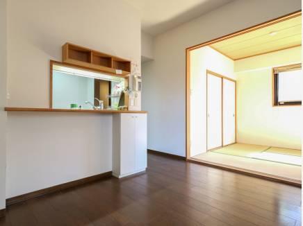 和室を開放すると広い空間として使えそう