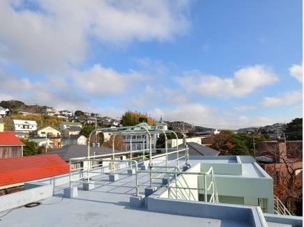 360度景色を見渡せる開放的な屋上