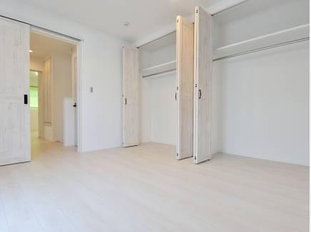 各居室に豊富な収納スペースがあるのは魅力的ですよね