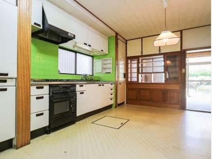 キッチンは作業スペースが広々しているので使いやいですよ。