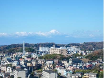 リビングから相模湾と富士山を望みます