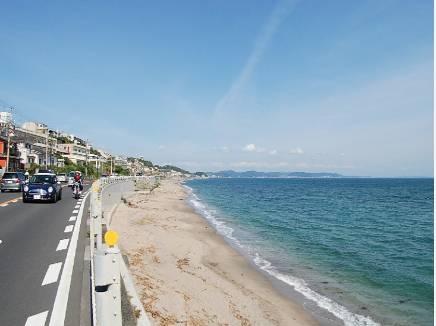 海まで徒歩8分(約600m)