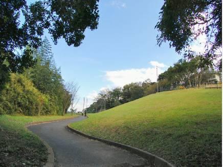 笛田公園入口まで徒歩2分(約110m)
