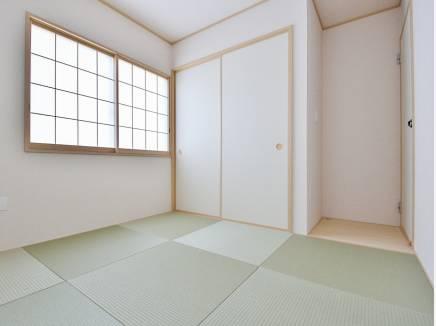 琉球畳がお洒落な5帖の和室空間