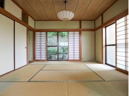 懐かしい雰囲気の和室は憩いの空間に