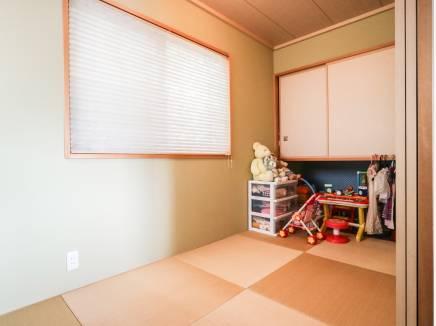 様々な使い方が出来る和室スペースもあります。