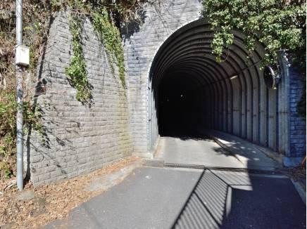 「打越トンネル」より笛田方面へ気軽に行かれます