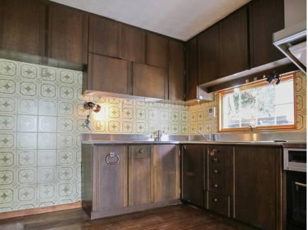 収納スペースがたくさんある1階のキッチン