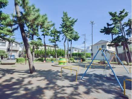 勘久公園まで徒歩2分(約90m)