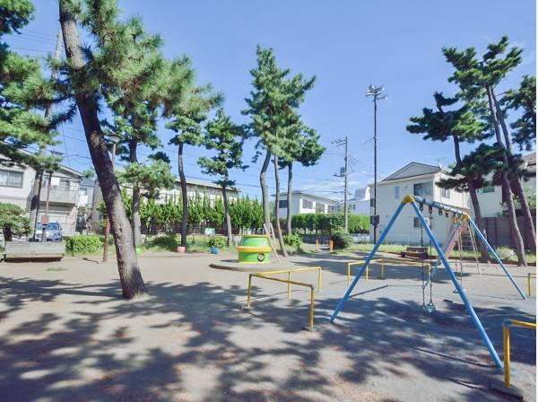 勘久公園まで徒歩2分(約100m)