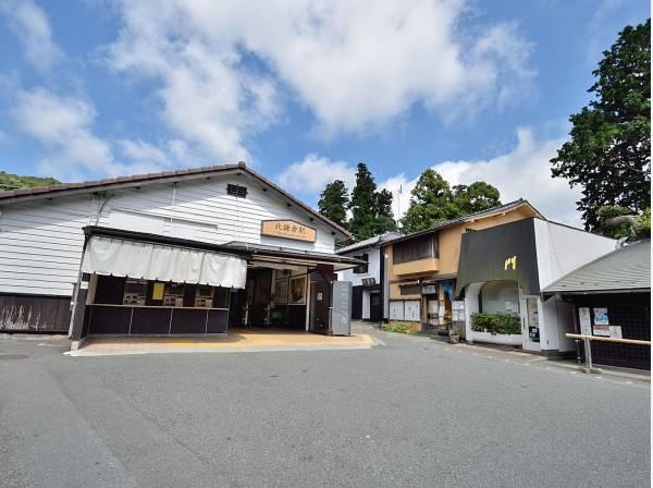 JR横須賀線北鎌倉駅まで徒歩10分(約800m)