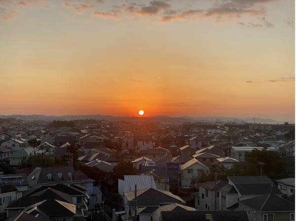 朝日を愛でながら迎える朝は心が安らぎそう