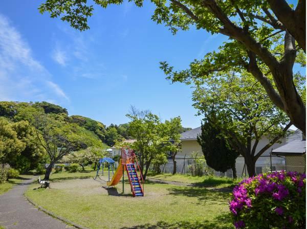 正福寺公園まで徒歩5分(約350m)