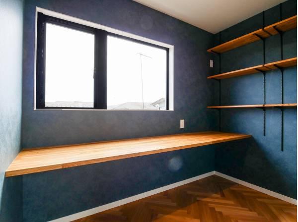 素敵なアイディアが生まれてきそうな書斎スペース