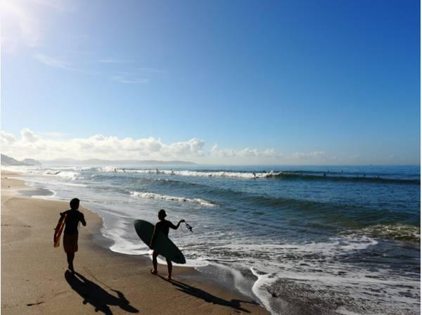 七里ガ浜海岸まで徒歩4分 (約300m)