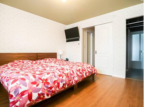 寝室のすぐ隣には水まわりを集約 動線のいい間取り