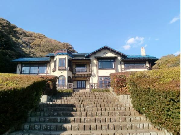 鎌倉文学館まで徒歩12分(約900m)