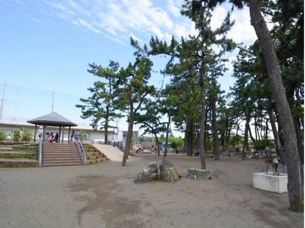 茅ヶ崎公園まで徒歩7分(約550m)
