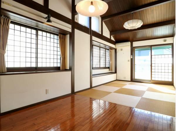 木のぬくもりと和を感じられる温かい居室