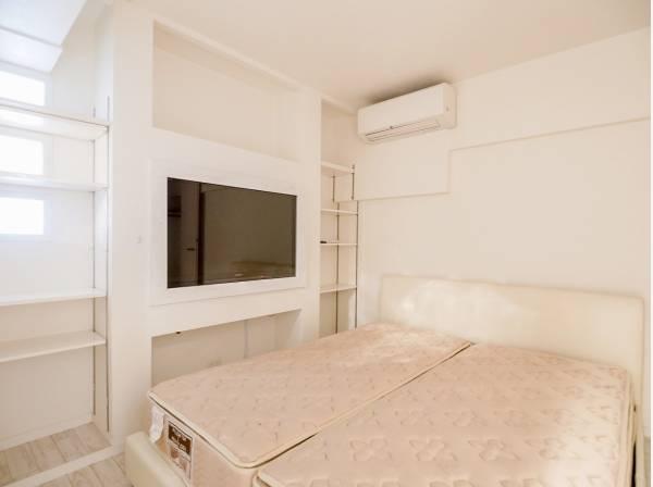 主寝室はシンプルなデザインとなっています