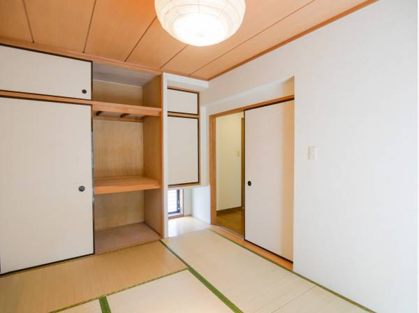 和室とLDKの南側にはバルコニーを完備