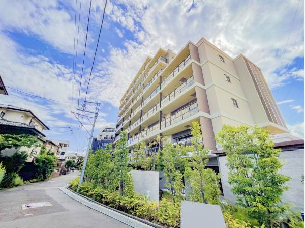 神奈川県鎌倉市小袋谷2丁目のマンション