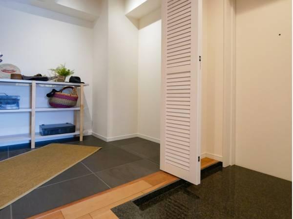 玄関横の納戸はどう使いますか?