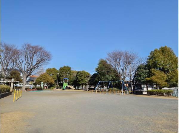 台谷公園まで徒歩4分(約270m)
