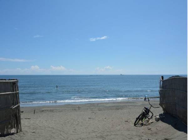 海までは自転車で5分ほど(約1300m)