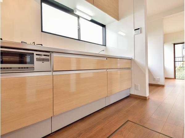 キッチンも新調され素敵な雰囲気になりました