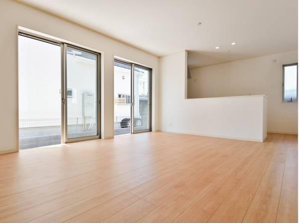 シンプルなLDKにはどんな家具を置きましょうか