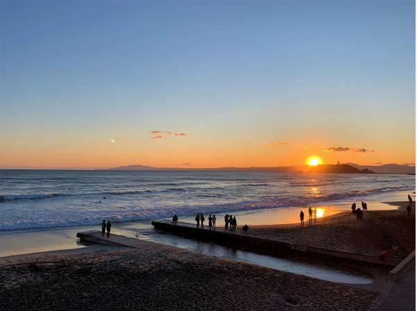 お家から望む七里ガ浜のサンセットも綺麗でしょうね