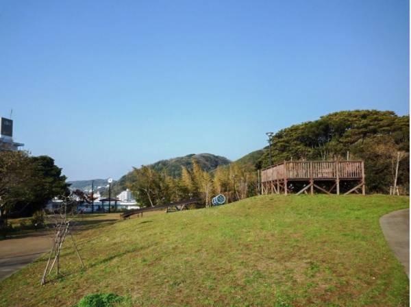 秋谷きらきら公園まで徒歩6分(約450m)