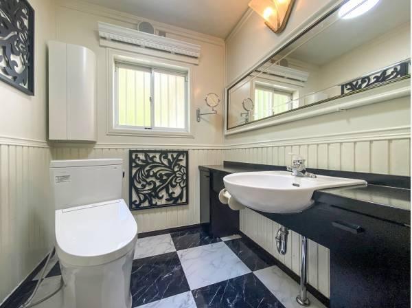 トイレはBali風の可愛い空間♪